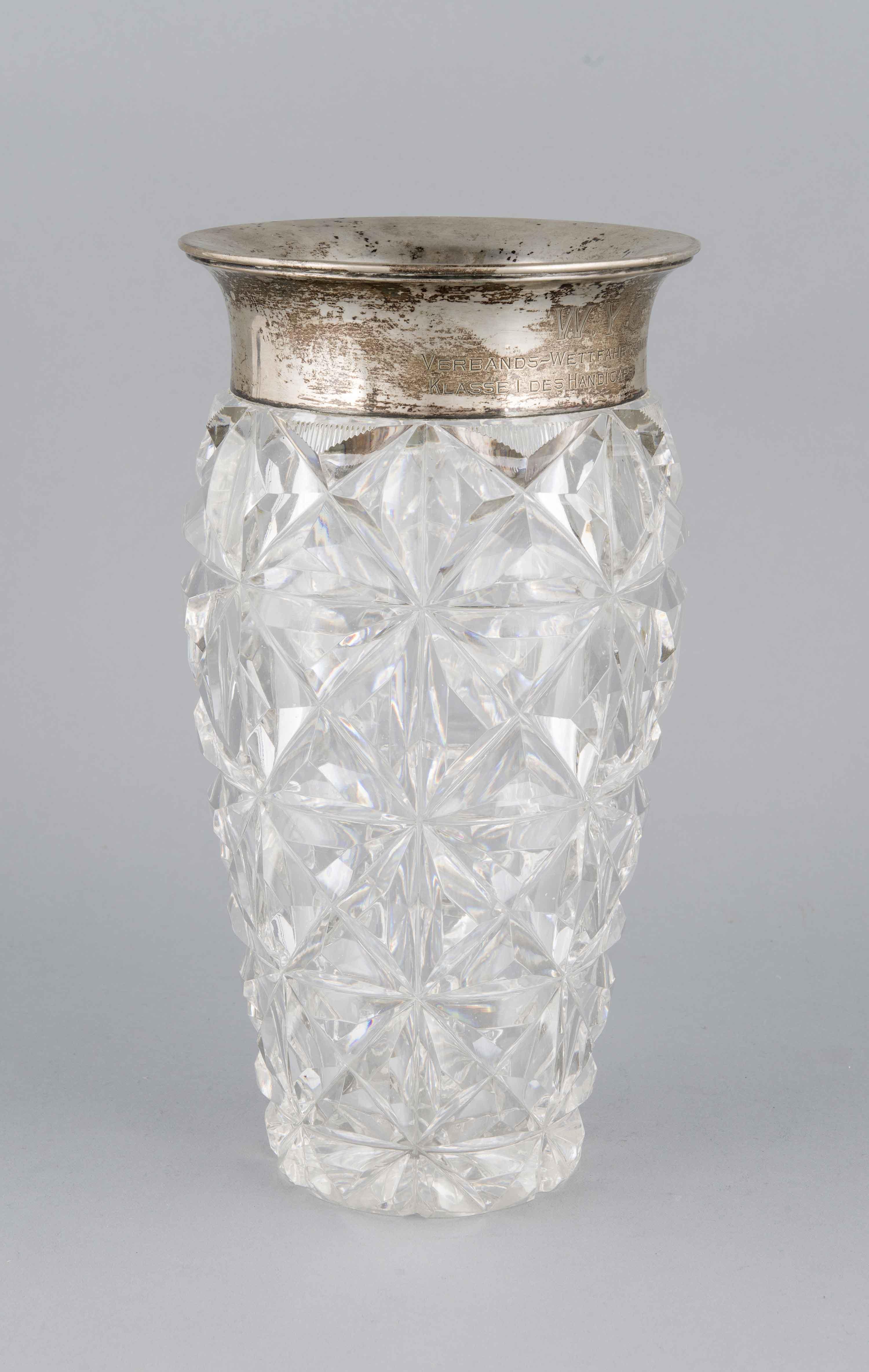 Kristallvase mit Silberrandmontage, Deutsch, Anf