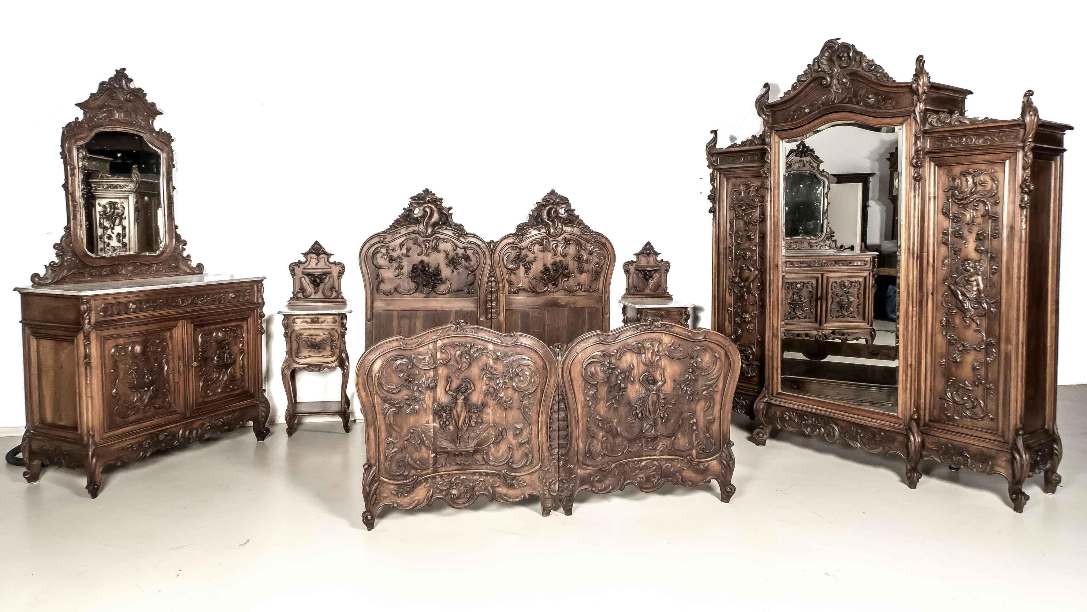 komplettes schlafzimmer auktion historia auktionshaus. Black Bedroom Furniture Sets. Home Design Ideas